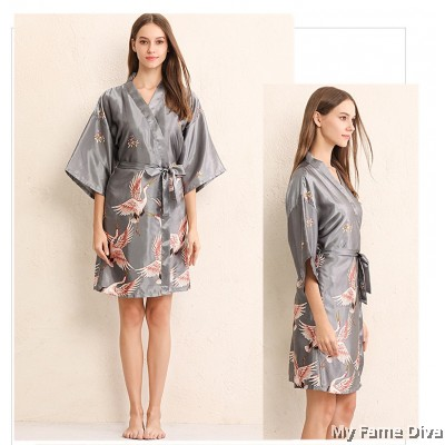 The Satin Collection : Oriental Elegante Satin Robe