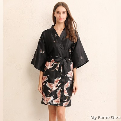 The Satin Collection : Oriental Elegante Satin Robe
